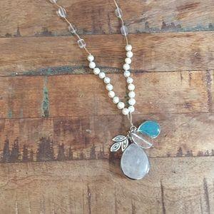 SilpadaN2108 Pearl Quartzite Rock Crystal Necklace